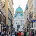 Vienna in spring: Kohlmarkt