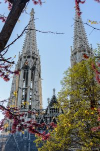 Vienna in spring: Votivchurch
